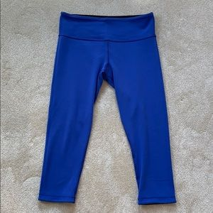 lululemon reversible crop pant black/purple size 8